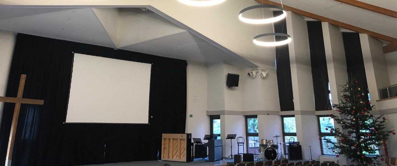 Blick in den kleinen Saal der evangelischen Gemeinde in Ubbedissen
