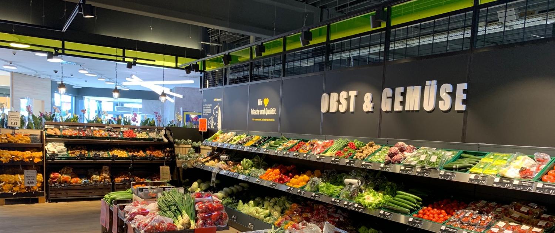 Ausleuchtung der Obst- und Gemüseabteilung von Edeka Windmann